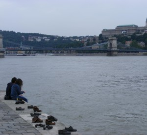 Joods munument langs de Donau