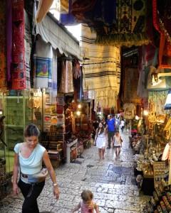 Gezellig winkelen in de kleine straatjes van Oud Jeruzalem