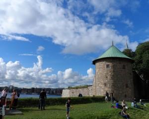 Het Akershus Slot met zicht op Oslo