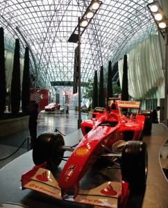 Binnen in Ferrari world is het vooral genieten