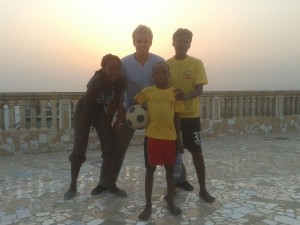 Voetbal op het dakterras