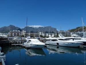 V&A Waterfront met zicht op de Tafelberg en Kaapstad
