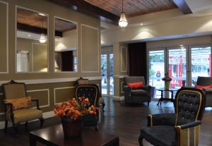 De elegante bar van het hotel