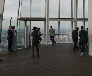 Ook trouwfoto's kun je laten maken op het hoogste punt van Londen