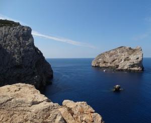 Rotsformaties, kliffen, eilanden en een prachtige blauwe zee: Capo Caccia