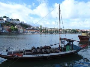 Een  bootje vol met Vaten: De Port is onderweg!