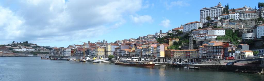Panorama van Porto langs de Douro!