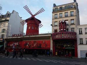 Bekend gezicht in parijs: Moulin Rouge