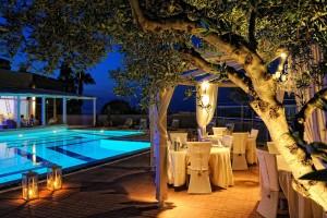 Heerlijk dineren onder de Olijfboom