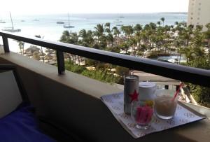 Uitzicht vanaf het balkon met heerlijk eten