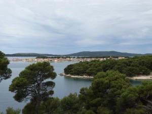 De vele eilanden kenmerken de kust van Dalmatië