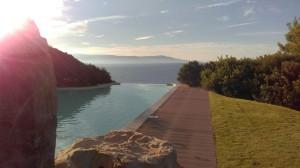 Het prachtige zwembad van Hotel Punta Negra